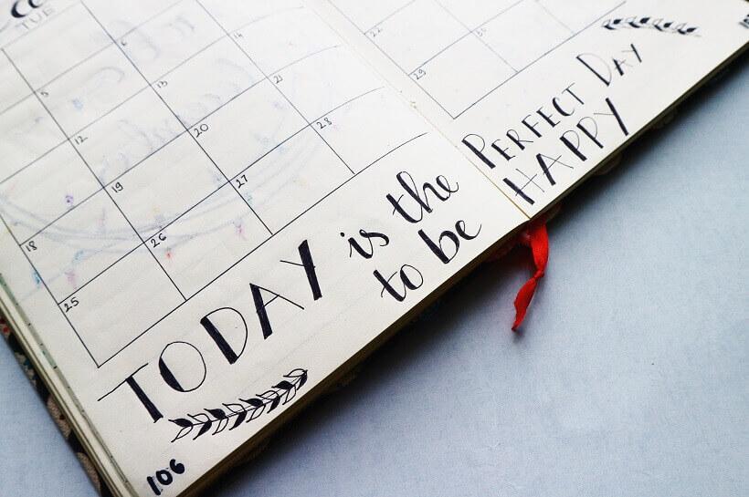 social-media-content-calendar-agenda