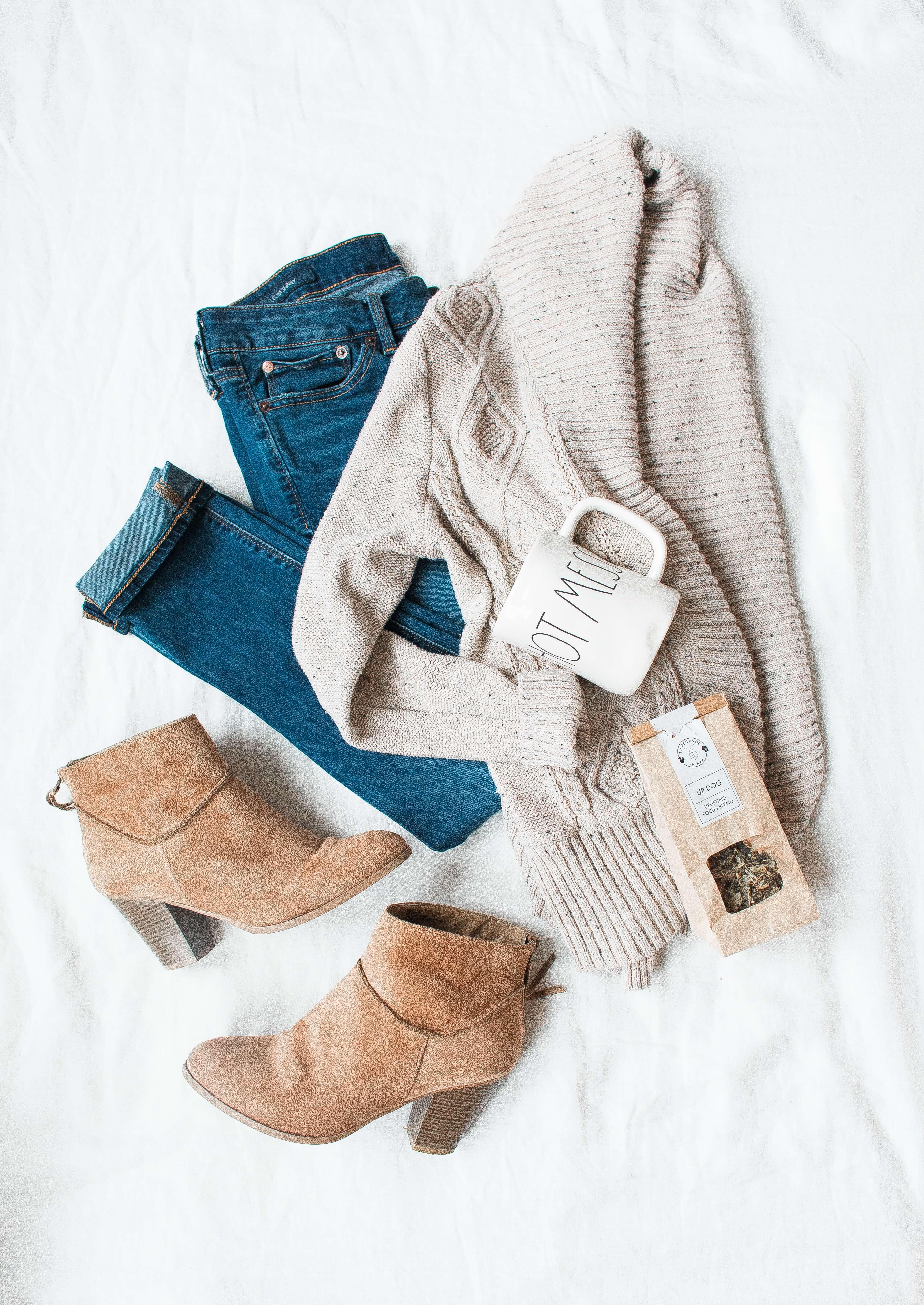 flatly clothes